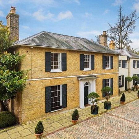 Millen's incredible £2.5 million Kent home that was sold