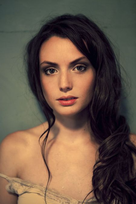 Gaite Jansen is a Dutch actress popular for Peaky Blinders   Image Source: Pinterest